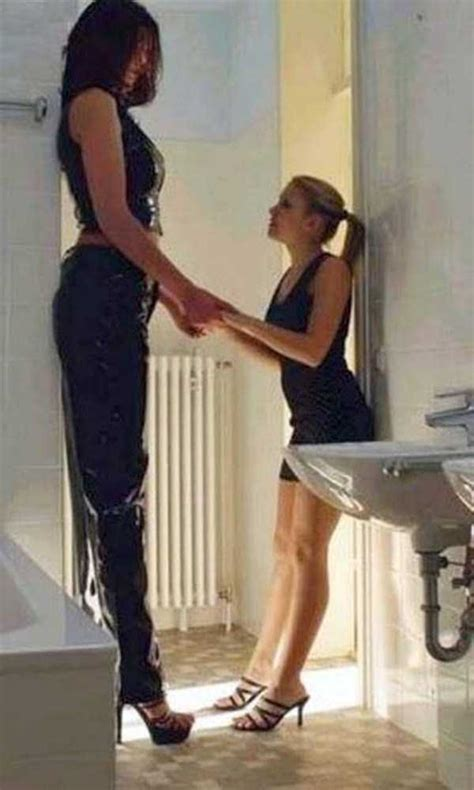extremely-tall-women (6) | KLYKER