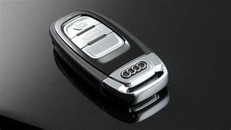 Audi Q5/Q7: How to Replace Key Fob Battery | Audiworld