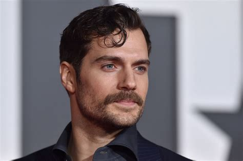 Henry Cavill mocks #MoustacheGate as he shaves off his