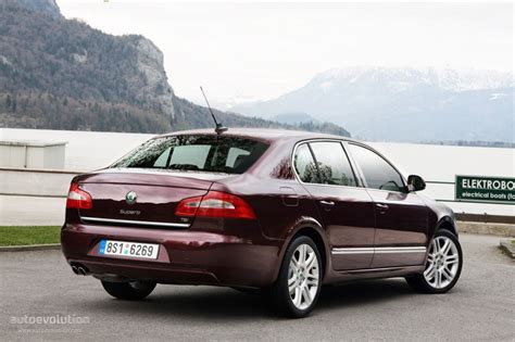 SKODA Superb specs & photos - 2008, 2009, 2010, 2011, 2012