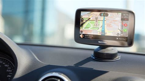 Not Wild About Waze? Try One of These Top GPS Devices | PCMag