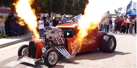 Check Out The Coolest Hot Rod Flames! Fantastic Show!
