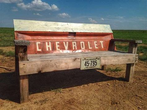 10 Truck Tailgate Benches – Real Country Ladies