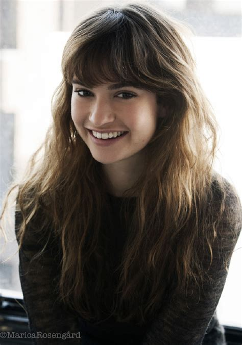 Hottest Woman 11/5/14 – LILY JAMES (Downton Abbey)! | King