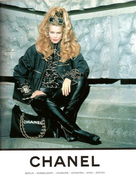 22 classic Chanel campaign images from the 90s | HUNGER TV