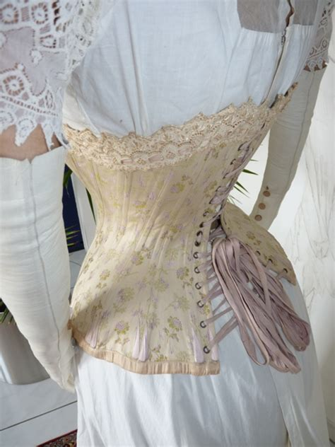 luxurious corset from vienna ca