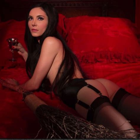 32 best The Love Witch images on Pinterest | Witch